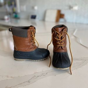 Gap Kids 3M Thinsulate Winter Boot Size 7T